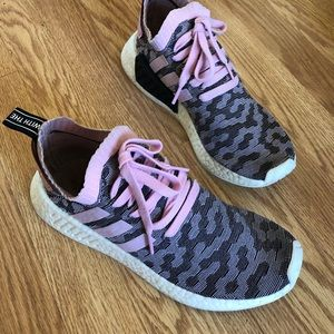 Limited edition ADIDAS pink Leopard 🐆